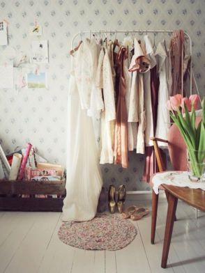 Burros-para-ropa-los-percheros-a-la-vista-rompen-en-decoración...-3